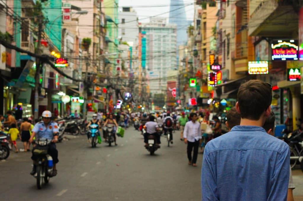 Comment éviter les escroqueries lorsque vous partez à l'étranger ?
